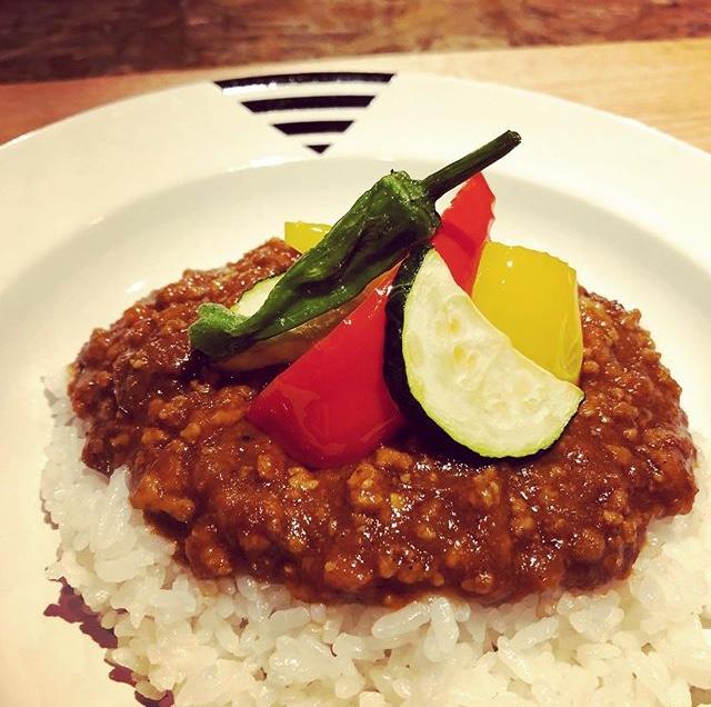 夏野菜と挽肉のカレーライス